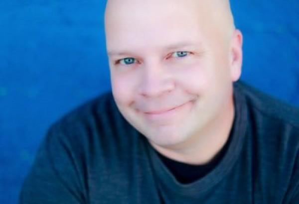 Tony Wolf - Comedian